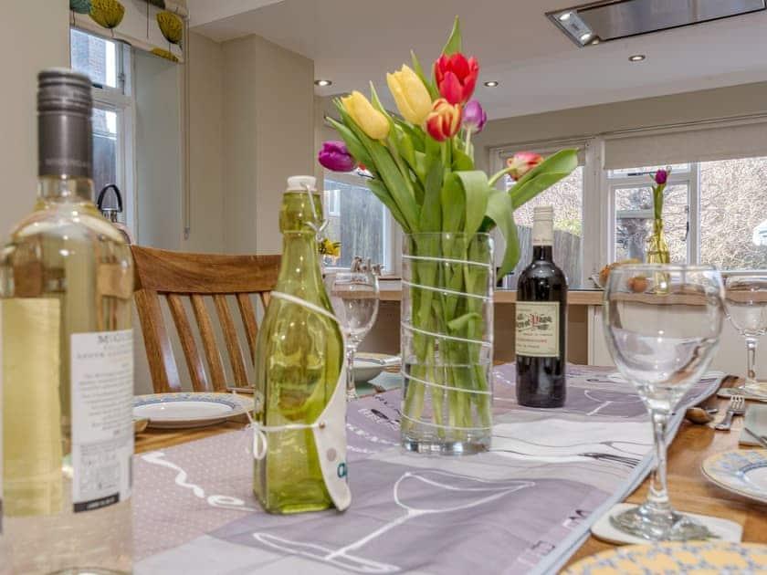 Delightful dining area | West End Cottage, Sheringham
