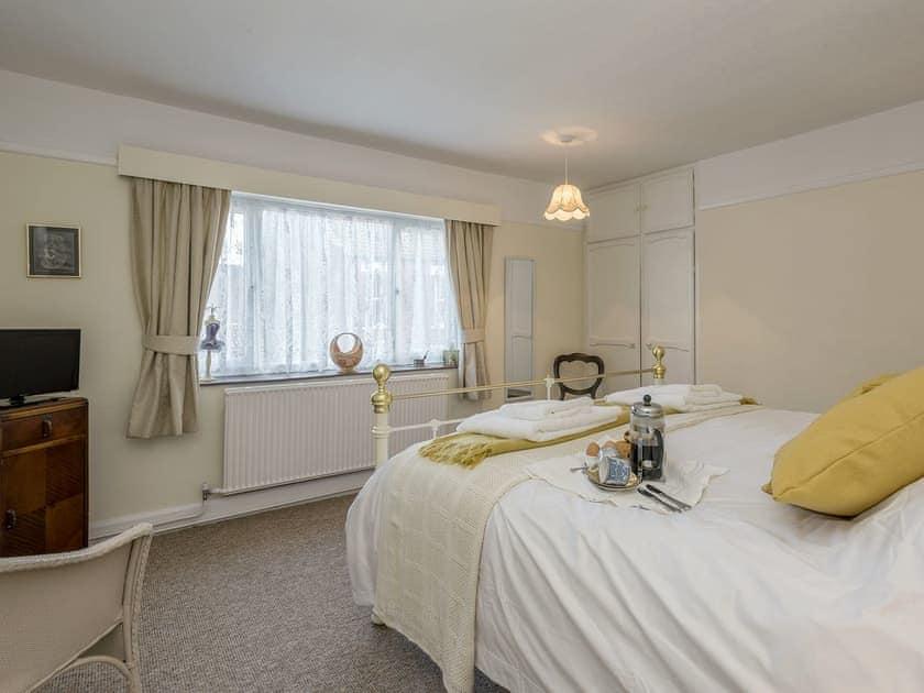Comfortable double bedroom | West End Cottage, Sheringham