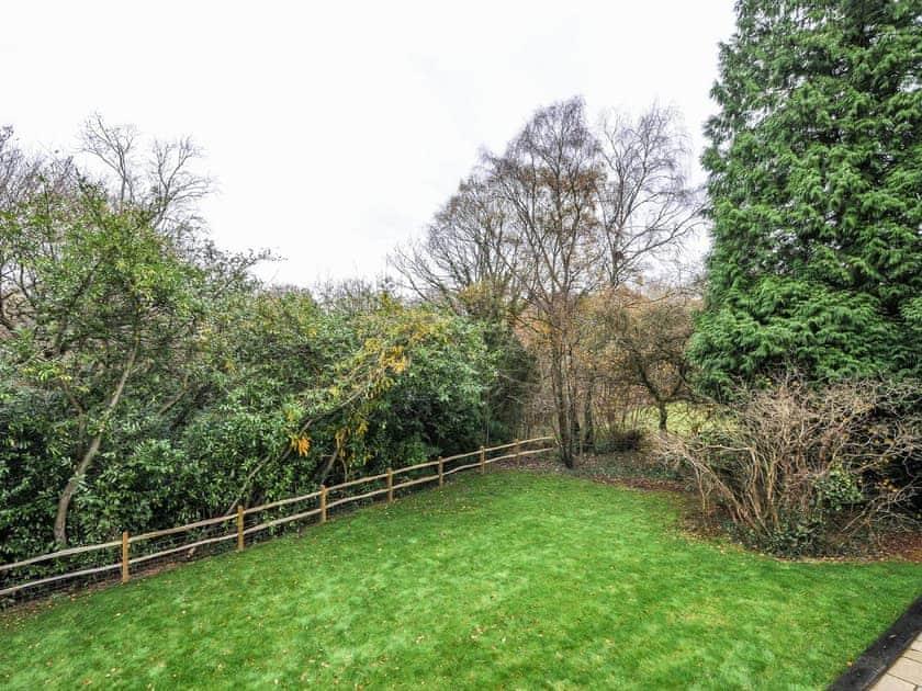 Garden | Stonedelph Cottages, Warninglid