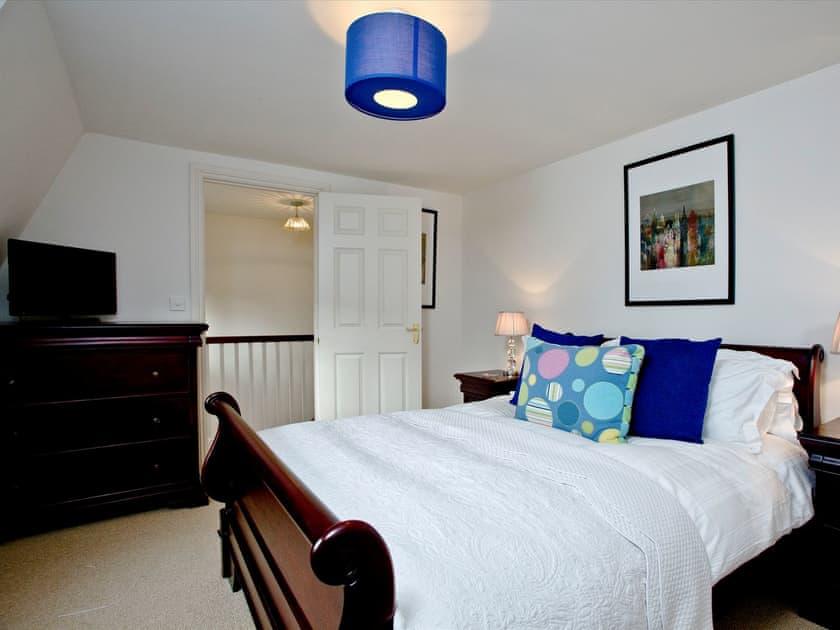 Sumptuous double bedroom | Ashlar House, Wells