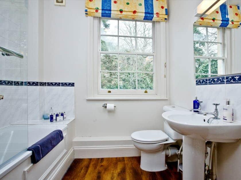 Generous sizedbathroom | Ashlar House, Wells