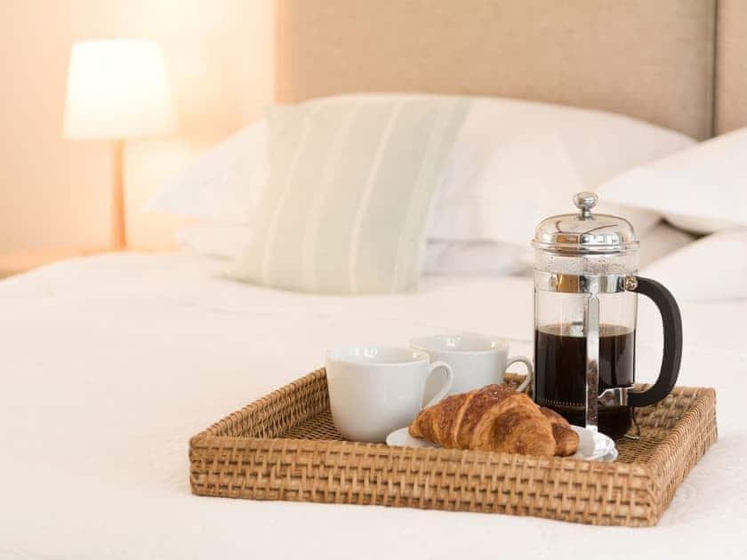 Enjoy a lazy breakfast in bed | The Coach House, Compton Martin, near Bath