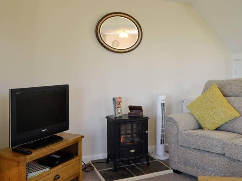 Comfy living area | Sally's Nest - Vale Farm Cottages, Wenhaston, near Southwold