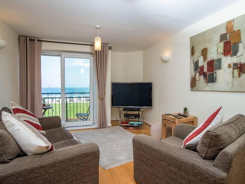 Living area with balcony access | 8 Belvedere Court - Belvedere Court, Paignton