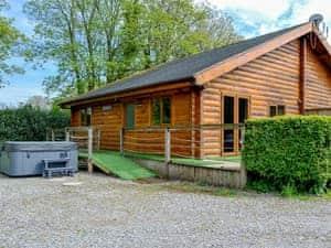 Rose Cotterill Cabins - Cedar Lodge