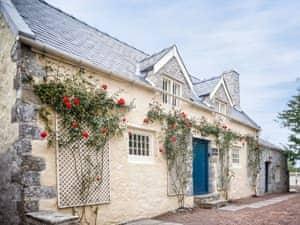 Gileston Manor - The Cheese House