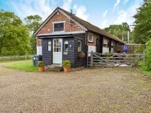 Woodlands Cottages - Evie Rose Cottage