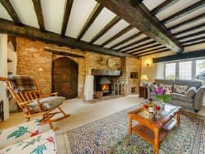 Little Trewen Farm Holiday Retreats - The Farmhouse