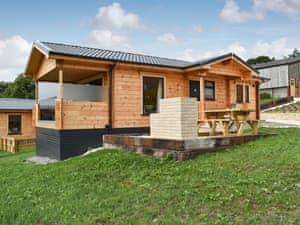 Buckland Farm Log Cabins - Snowdrop