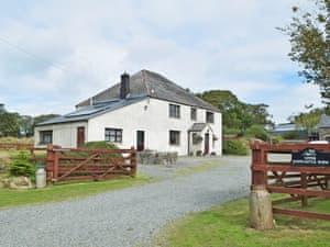 Hayscastle Cottages - Hayscastle Farmhouse