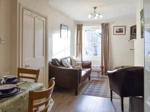 Granny Dowbekins Apartments - Hunters Cottage