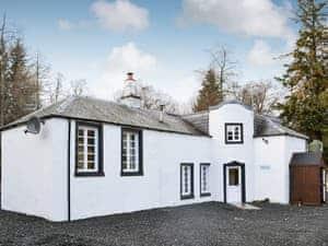 Dalnaglar Castle And Cottages - Tower Cottage