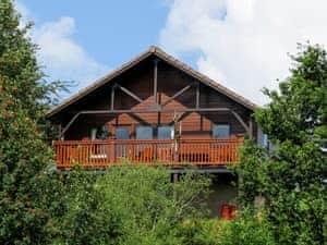 Hiddenglen Holidays - Kestrels Lodge