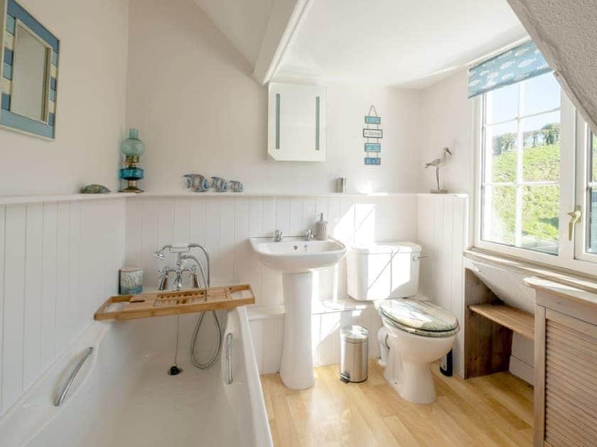 Bathroom   Rowborough Cottage - Cheverton Farm, Shorwell