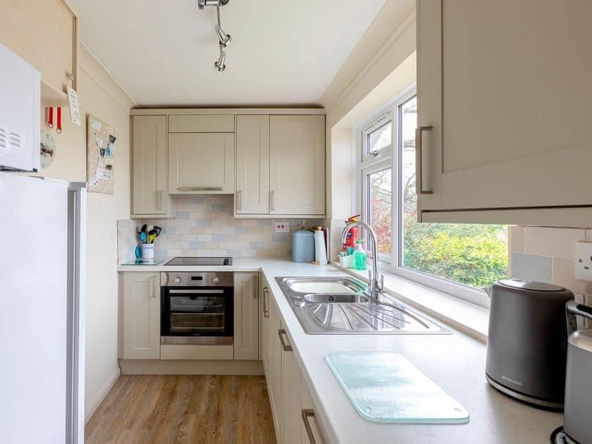 Kitchen | Estuary House, Flat 3, Salcombe