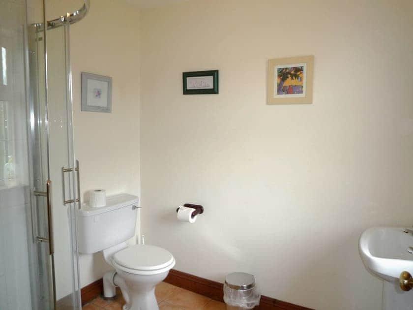 Bathroom | The Stone Cottage, Kenmare