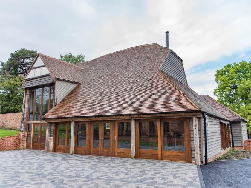 Exterior | Ash Cottage at Frame Farm, Benenden