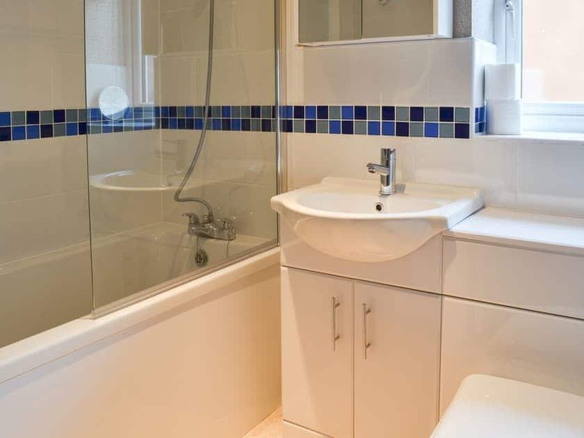 Bathroom   Whitby Gem, Whitby
