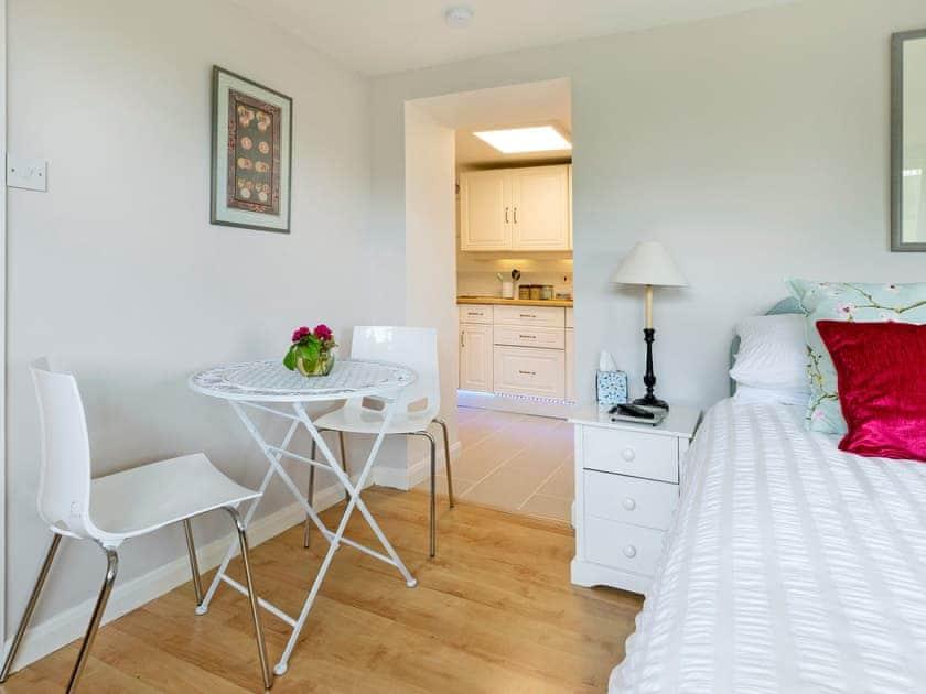 Spacious open plan living/dining/bedroom   The Cabin, Dartmouth
