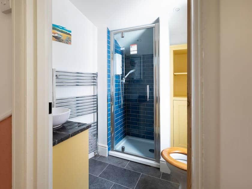 Shower room | Hope Cottage, Salcombe