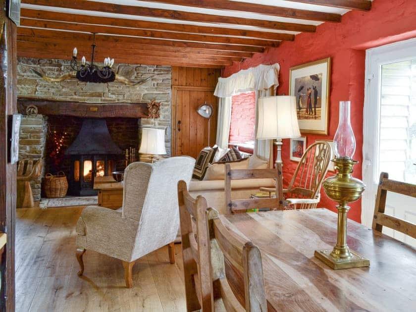 Convenient dining area | Coynant Farm Cottages - Barn Cottage - Coynant Farm, Felindre, near Swansea