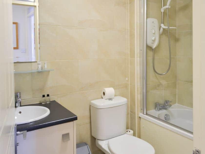 Bathroom   Holly Lodge, Aviemore