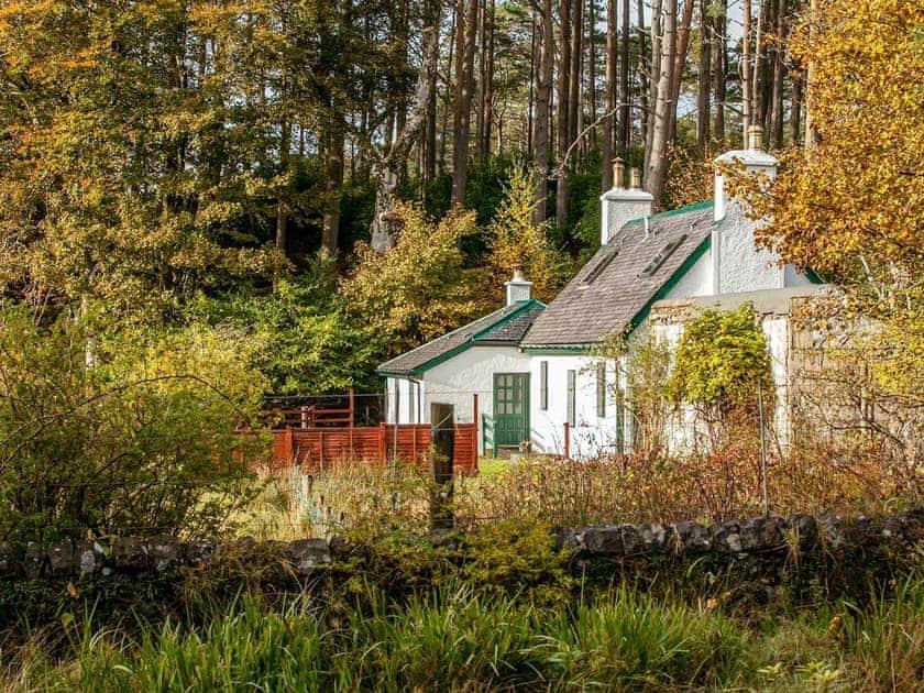Excellent holiday home | Gardeners Cottage - Torridon Estate, Torridon