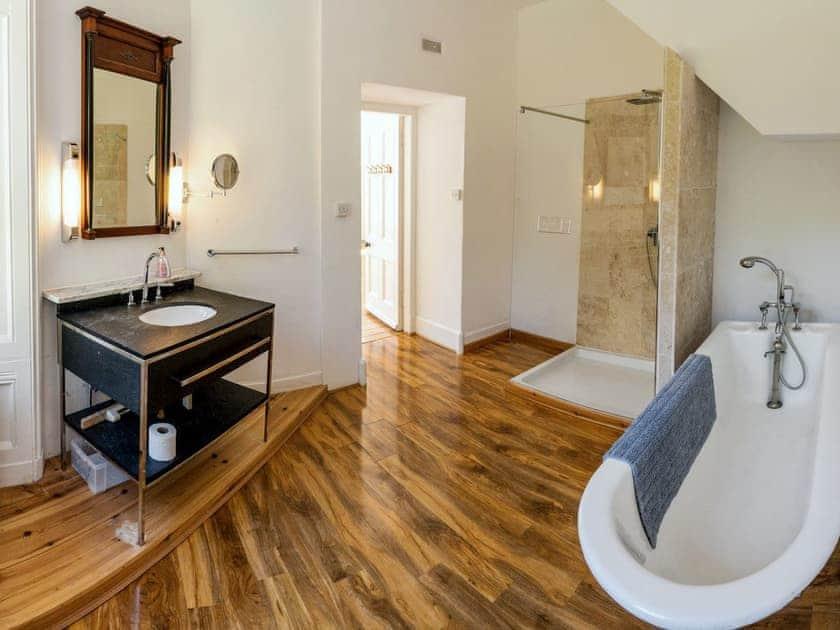 Bathroom   Torridon House - Torridon Estate, Torridon
