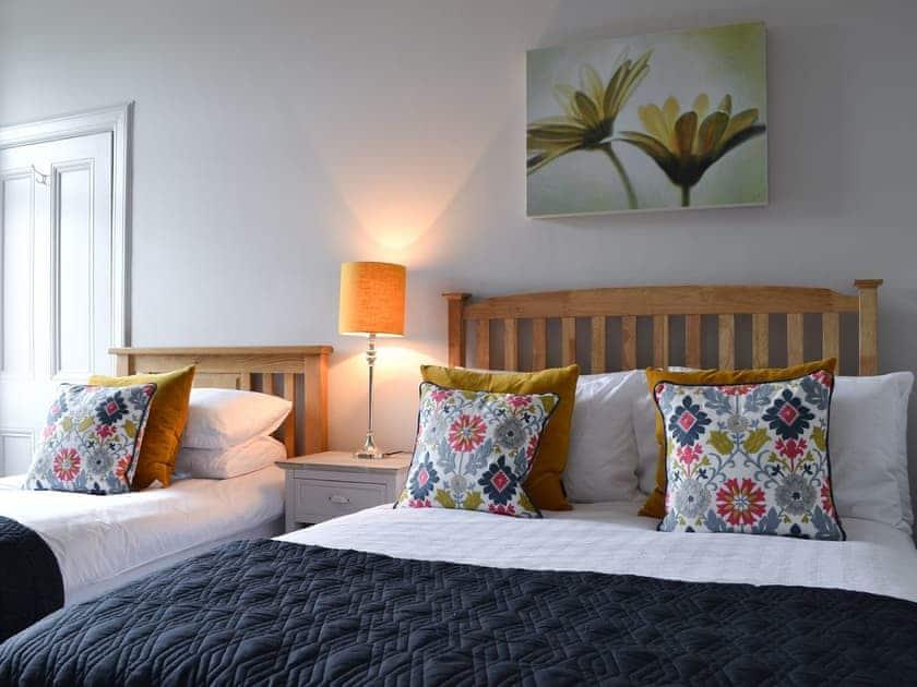 Twin bedroom | Craiganrioch, Campbeltown