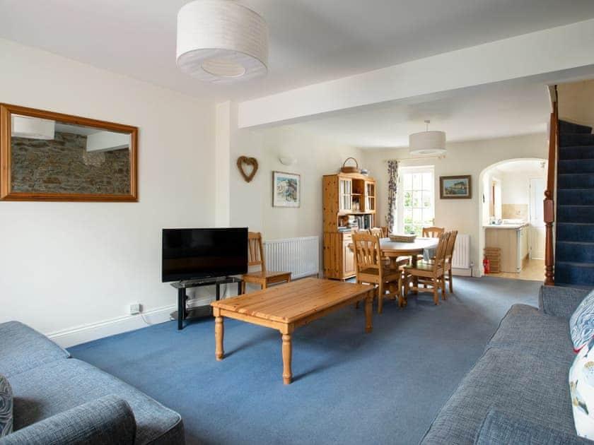 Spacious living room | Garston, Salcombe