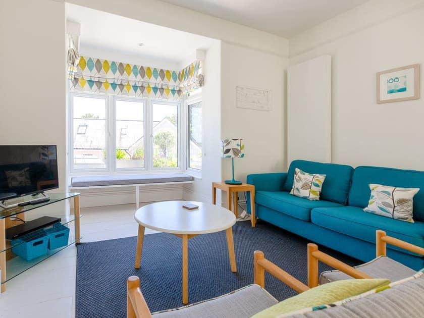 Delightful sitting area | Lealholme, Salcombe