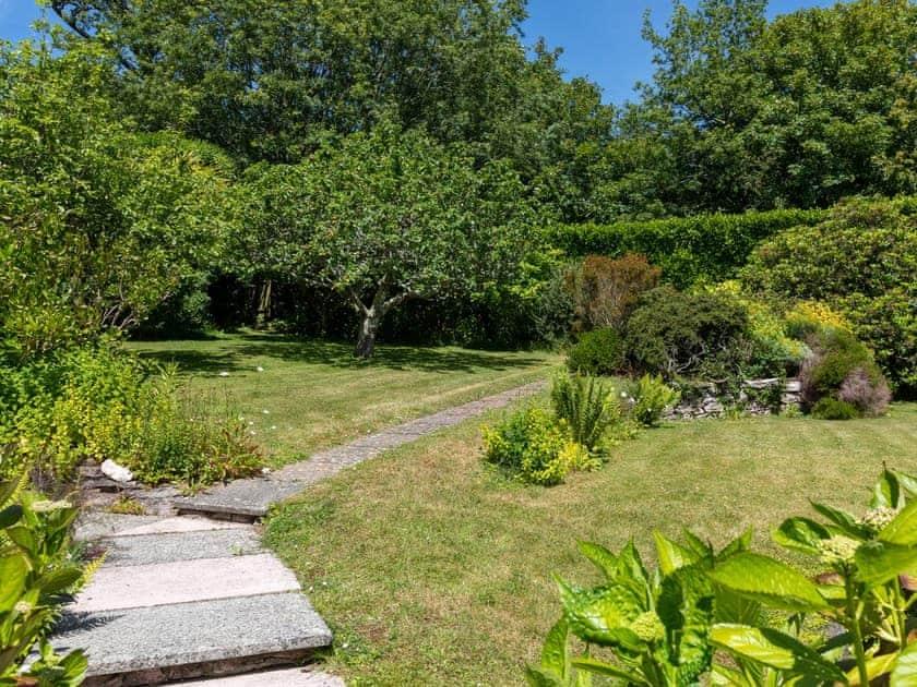 Extensive garden and grounds | Windy Heath, Salcombe