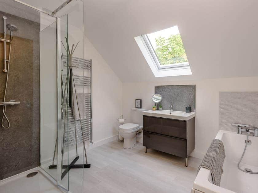 Modern style bathroom | The Stag - High Oak Holidays, Wicklewood, near Wymondham