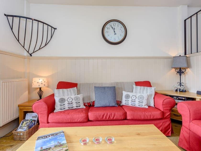 Comfortable living area   Castlemans Stables West - Castleman's Stables, Sedlescombe, near Battle