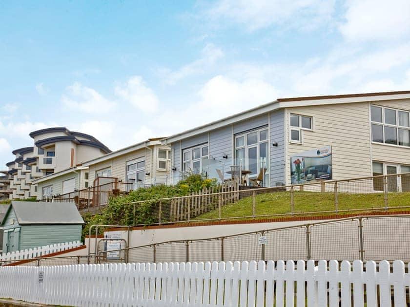 Exterior   Sea Front House 6 - Golden Bay Holiday Village, Westward Ho!
