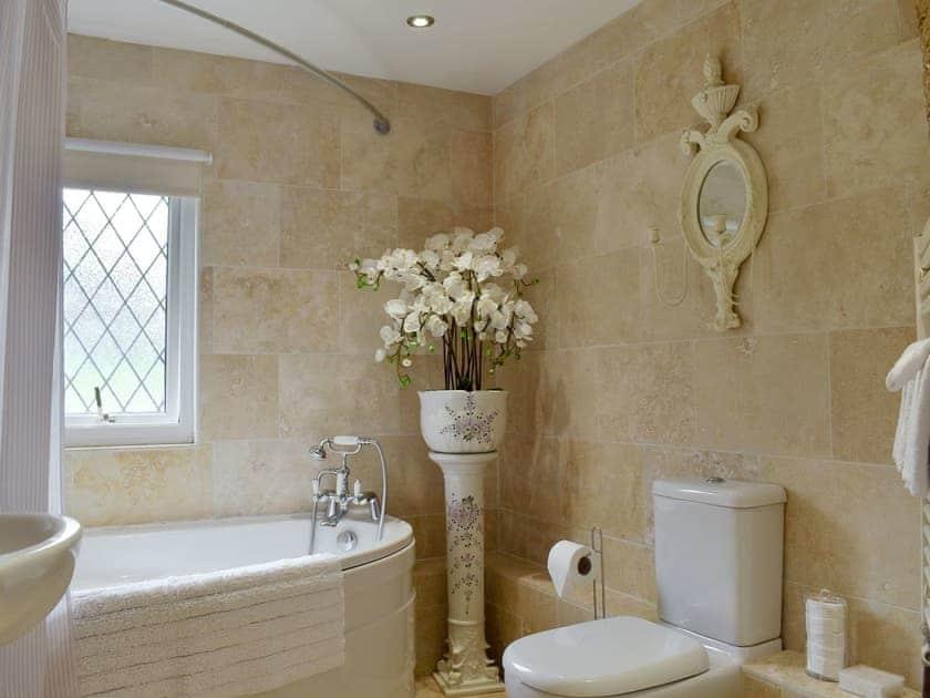 Bathroom   The Little Abbey - The Berkley Lodges, Beckley, near Rye