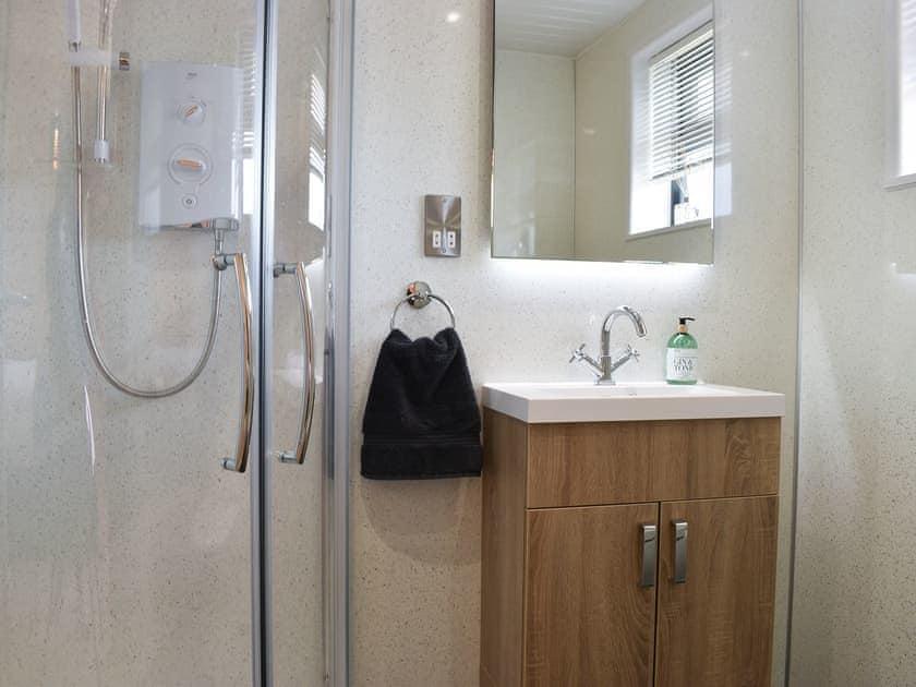En-suite sShower room | Foxglove - Buckland Farm Log Cabins, Buckland St Mary, near Taunton