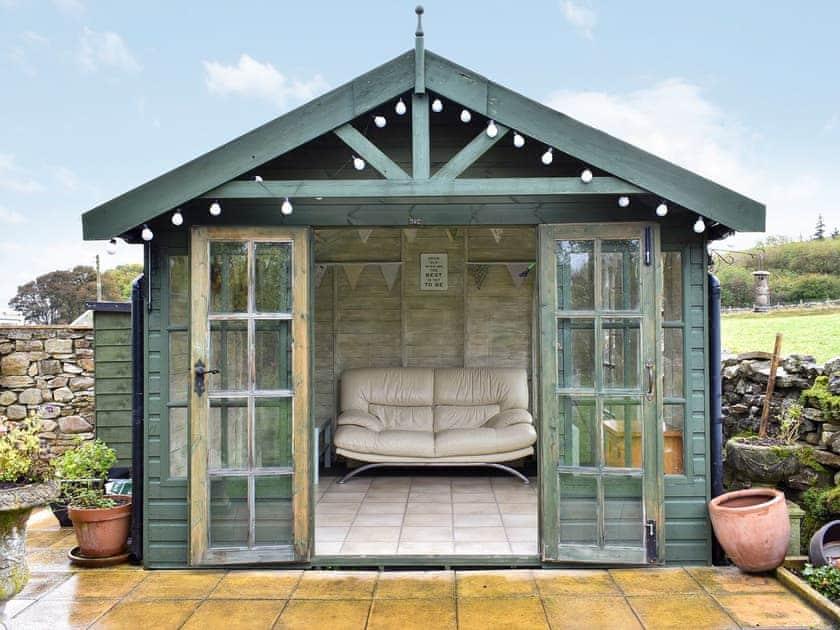Lovely summerhouse | Lilac Cottage, Westgate, near Bishop Auckland