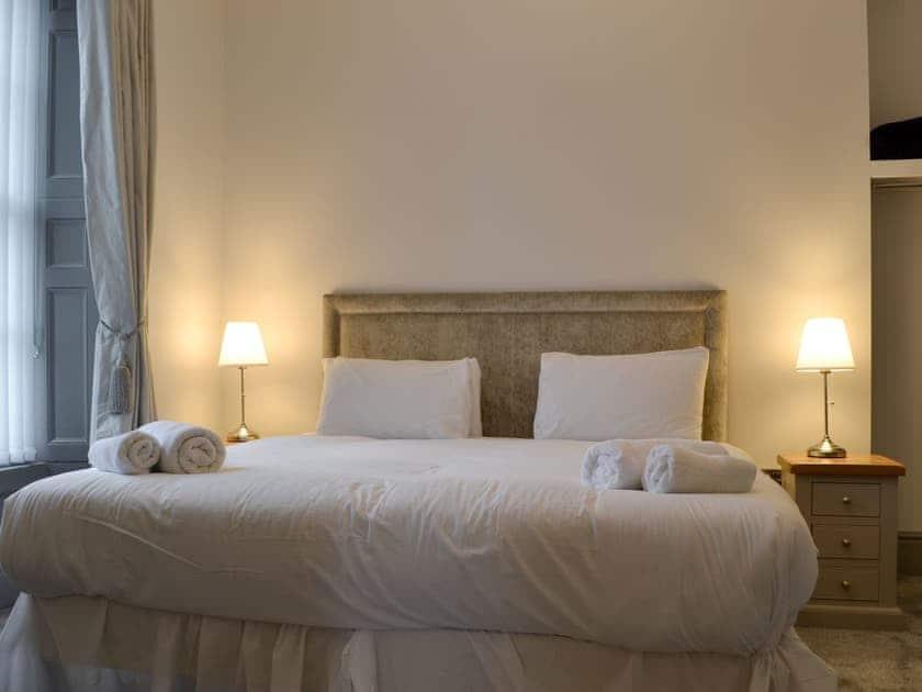 Double bedroom | Grosvenor House 1 - Grosvenor House, Aberystwyth