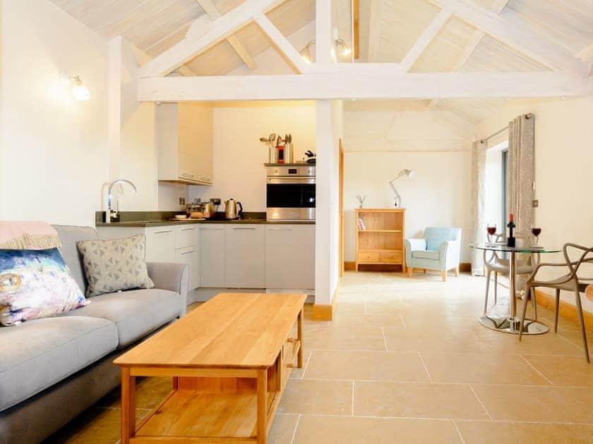 Long Barn Cottages - The Bull Pen 1