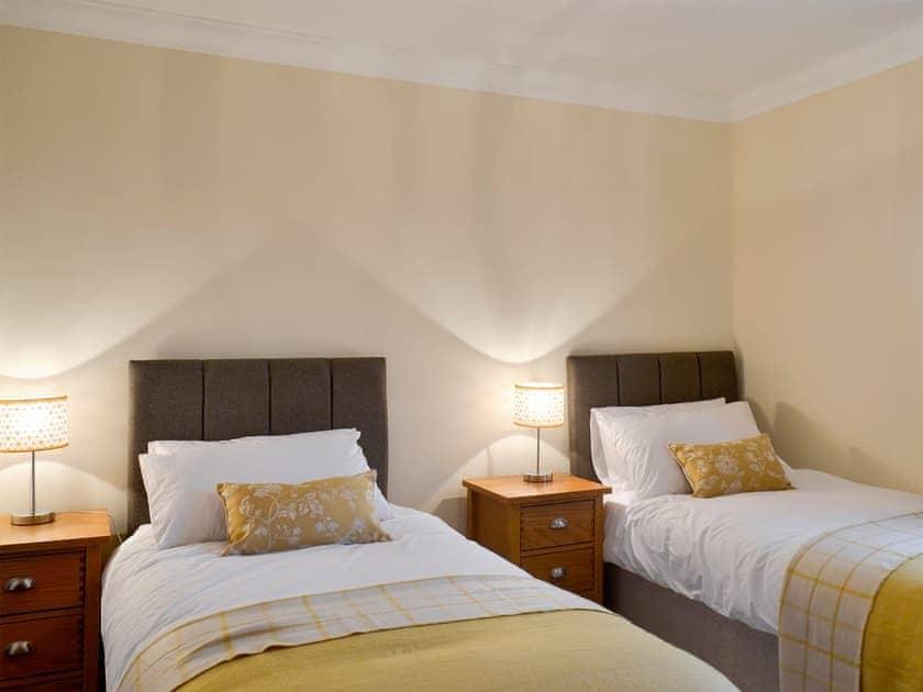 Twin bedroom | Wheatfield House, Kilmaurs, near Kilmarnock