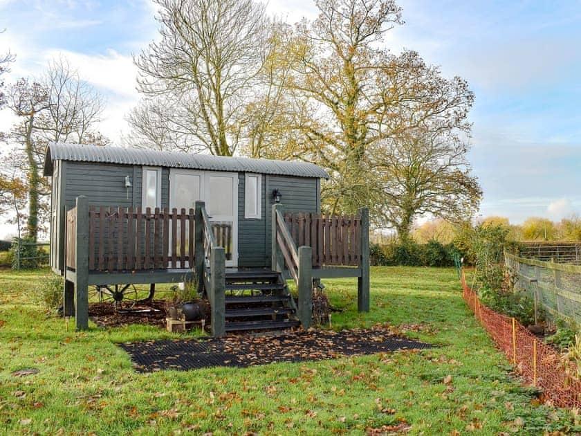 Attractive shepherd's hut | Quantock View, Oake, near Taunton