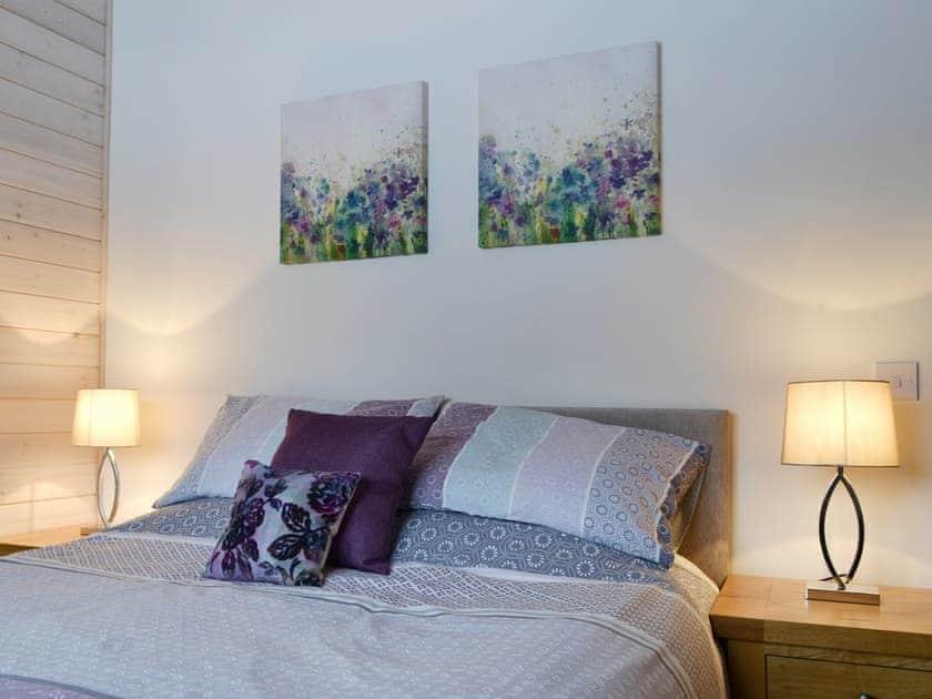 Relaxing en-suite double bedroom | Cruachan - Invernahavon, Glentruim, near Newtonmore