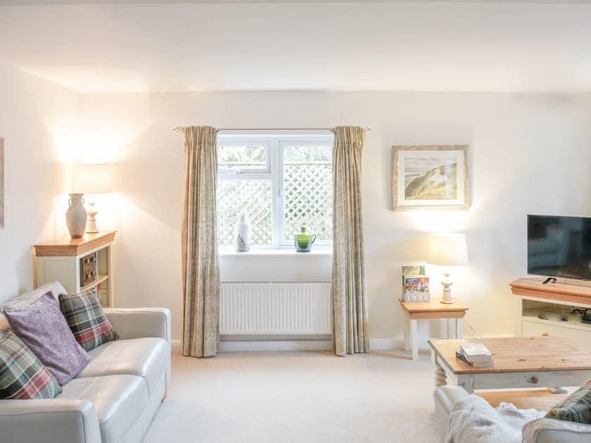 Light and airy lounge area | Maple Lodge, Corsham