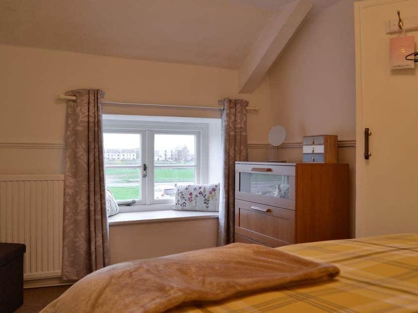 Double bedroom   Golwg Y Mor, Burry Port