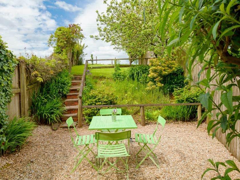 Secluded garden   Poorman's Cot - Highdown Farm, Bradninch