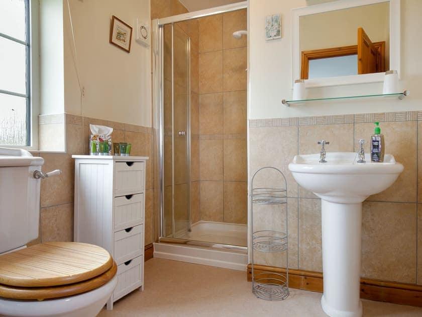 En-suite shower room | The Old Farmhouse - Highdown Farm, Bradninch