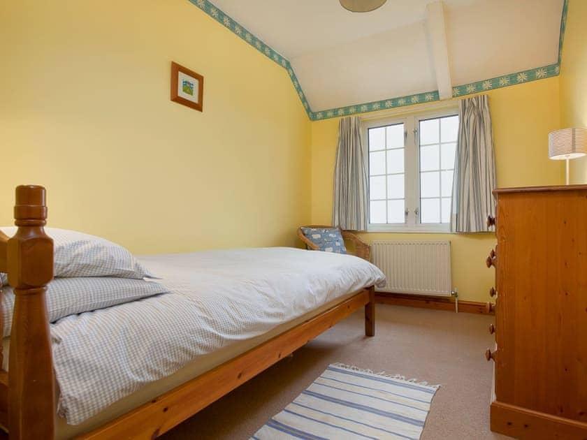 Single bedroom | The Old Farmhouse - Highdown Farm, Bradninch