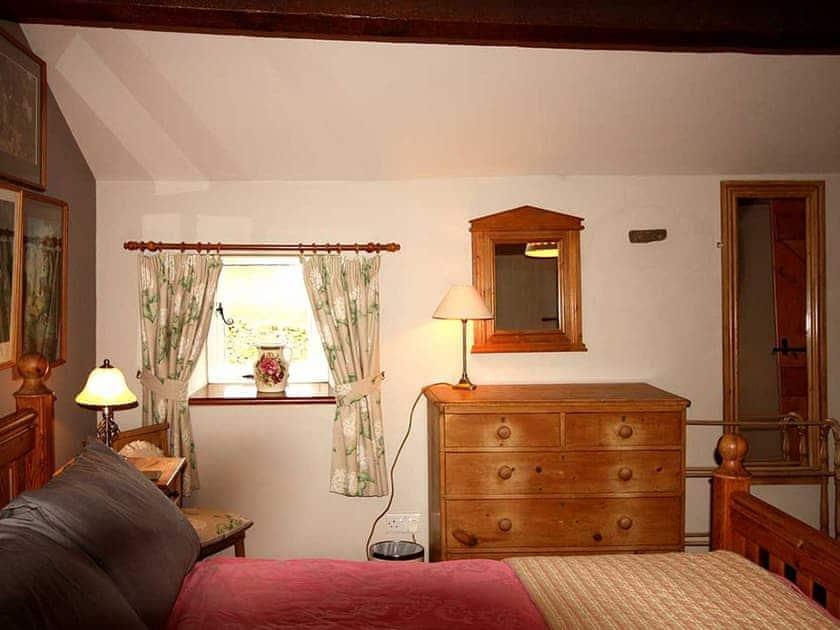 Peaceful double bedroom | Shepherd's Cottage, Longshaw near Hawes