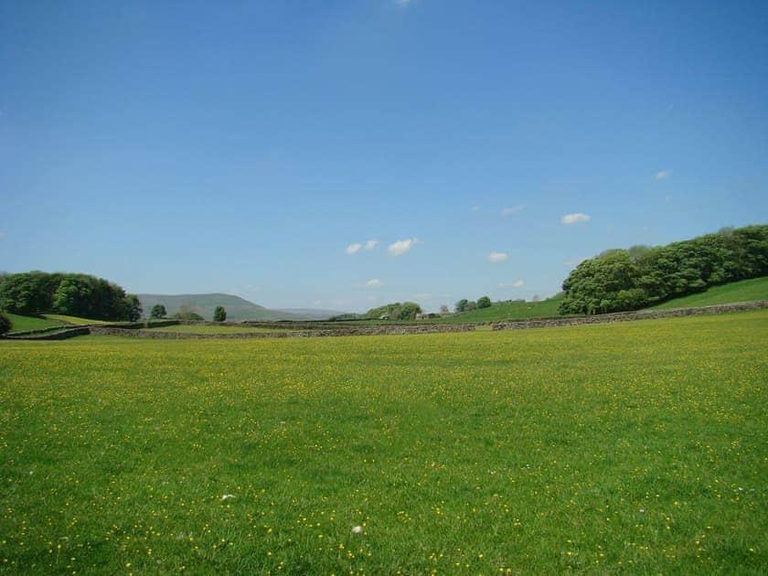 Lovely rural surroundings | Shepherd's Cottage, Longshaw near Hawes